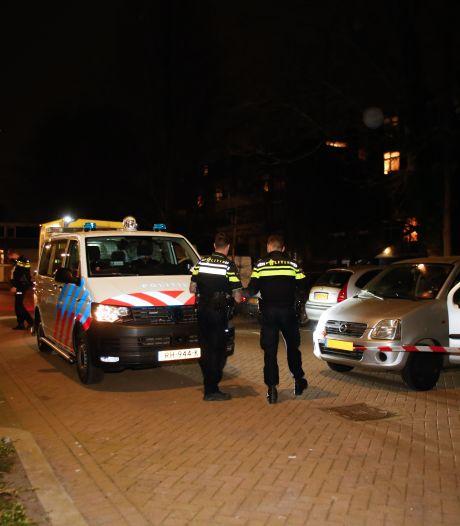 Overleden persoon aangetroffen in auto in Dordrecht