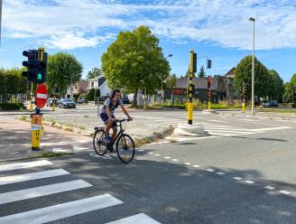 Nieuwe asfaltlaag op Prins Boudewijnlaan en Boniverlei: vanaf maandag twee weken hinder