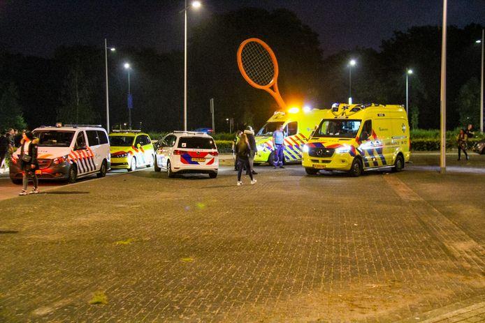 Veel hulpdiensten kwamen na een melding van een steekpartij ter plaatse in Apeldoorn.