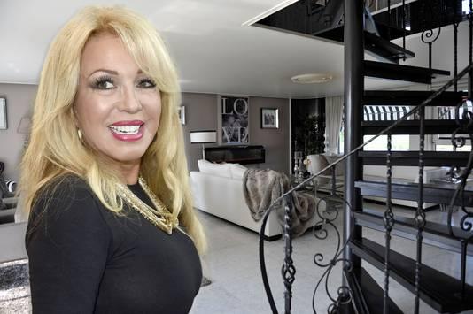Patricia Paay heeft haar woning in Lijnden te koop gezet.