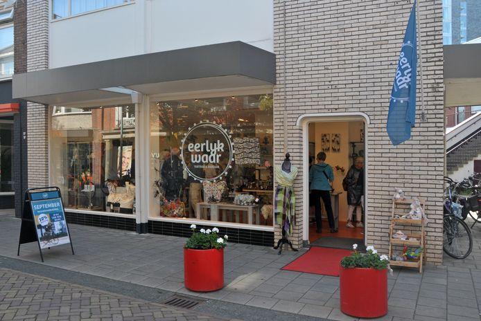 De cadeauwinkel Eerlyk Waar aan de Drienerstraat in Hengelo houdt op te bestaan.