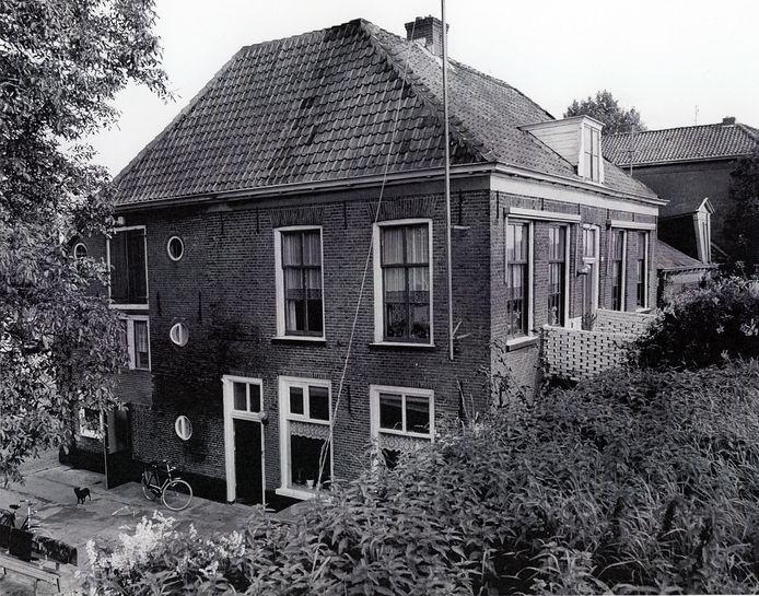 Het monumentale woonhuis aan de Grebbedijk 6 in Wageningen in betere tijden.