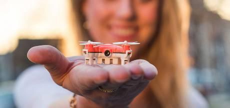Kleinste drone ter wereld kan nu ook filmen