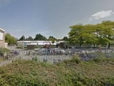 Basisschool in Alkmaar ontruimd door brand, docenten en leerlingen ongedeerd