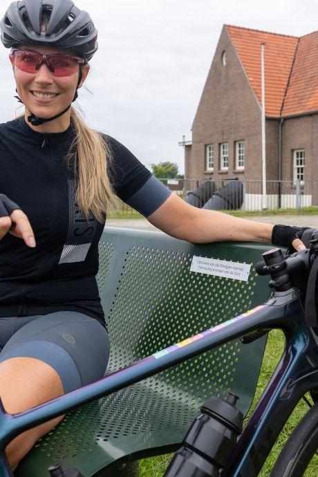 Meer aandacht voor vrouwenwielrennen begint bij het Anna van der Breggen-bankje in Hasselt: 'Hier kun je erbij stilstaan'