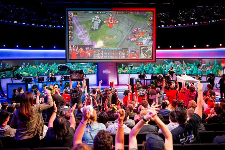 eSports is big business: in 2016 brachten gamewedstrijden zo'n 300 miljoen euro op