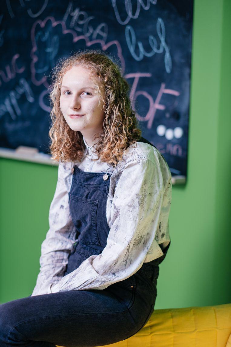 Esmée Demuynck, vijfde jaar wetenschappen-wiskunde. Beeld Wouter Van Vooren