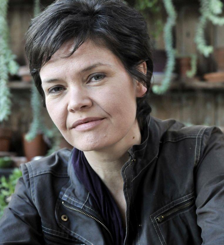 Kate Raworth, het boek Donuteconomie van de Britse econoom verscheen in 2017 en werd in korte tijd een wereldwijde bestseller. Beeld .