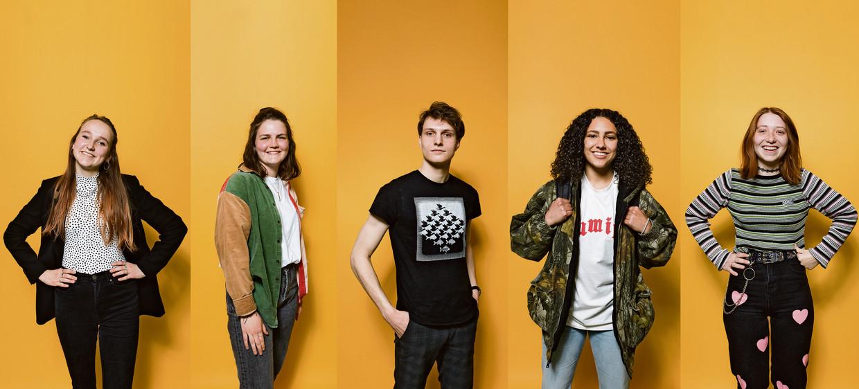 Veerle, Lisa, Zeeger, Kenza en Hella in 2021. Beeld Ivo van der Bent