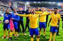 Union-spelers vieren hun stunt op het veld van Anderlecht.