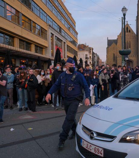Les fêtards ont fait de la résistance à Ixelles: des heurts ont éclaté avec la police pendant la nuit