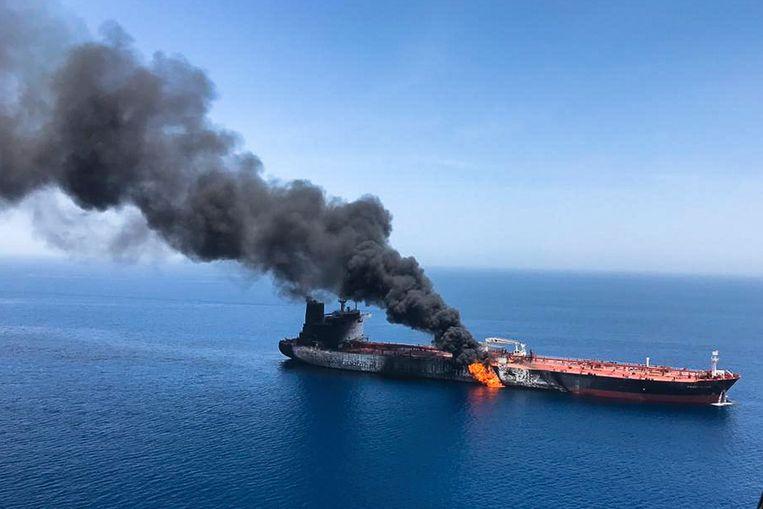 De Front Altair, de olietanker die vorige week werd aangevallen in de Straat van Hormuz. Beeld AP