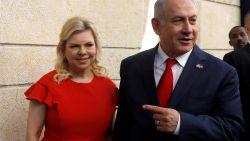 Vrouw van Israëlische premier Netanyahu beschuldigd van fraude nadat ze ruim 80.000 euro opdeed aan etentjes