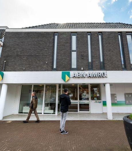 Hoe de grote banken uit de Betuwse dorpen verdwenen: 'We hadden nog maar twee klanten per uur'