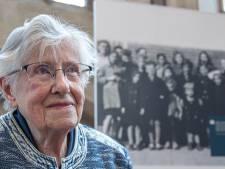 Hattemse Bep (94) over de foto die na de oorlog een heel andere lading kreeg: 'Nog steeds een brok in mijn keel'
