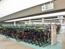 Megaorder voor Nijmeegs bedrijf: Lumiguide helpt fietsers de weg bij alle nieuwe ProRail-stallingen