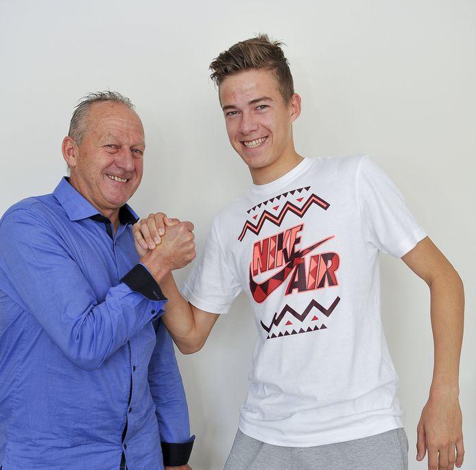 Stan en Dario Van den Buijs, net als Obbi Oulare bij Club Brugge.