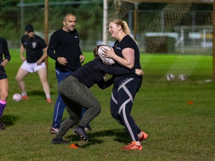 Dames van The Black Panthers pionieren bij rugby in Meppel