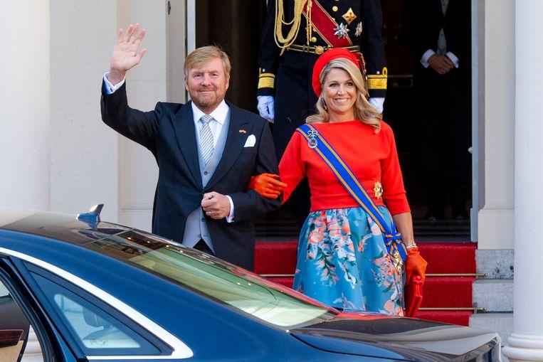 Koning Willem-Alexander en koningin Maxima tijdens Prinsjesdag vanaf Paleis Noordeinde. Beeld Brunopress