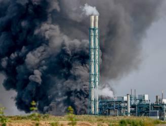 Tweede dode gevonden na zware explosie op industrieterrein in Noordrijn-Westfalen, verschillende werknemers nog vermist