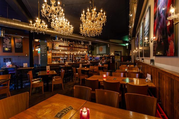 Café Merz glimt als een spiegel. De eigenaar is trots op de plek in de Café Top 100