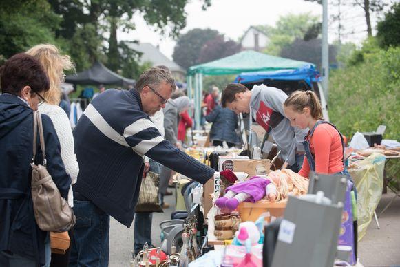 Snuisteren een rommelmarkt: het kan dit jaar voor het eerste op kermiszaterdag in Brakel.