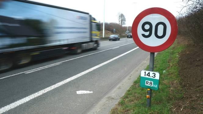 """""""Maximaal 90 per uur op alle snelwegen in Kortrijk"""": Groen gaat nog stap verder dan burgerbeweging"""