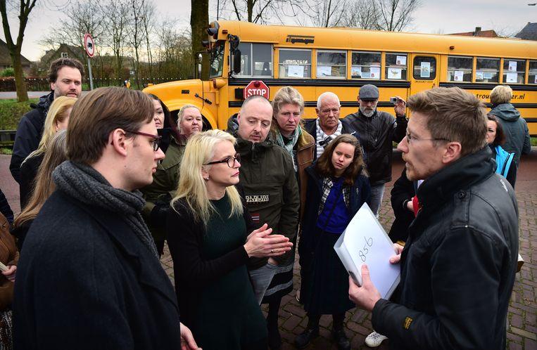 Boze ouders in januari in actie voor passend onderwijs, in Utrecht. Beeld Marcel van den Bergh / de Volkskrant