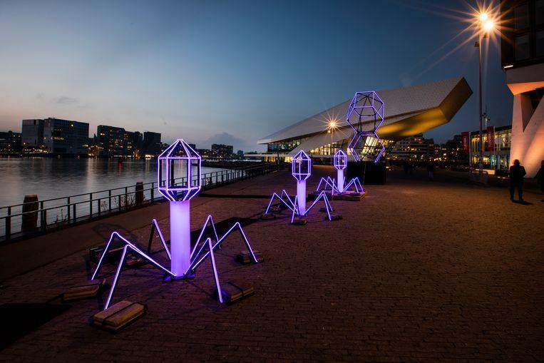 The Biggest Smallest Heroes. Beeld JANUS VAN DEN EIJNDEN/ Amsterdam Light Festival
