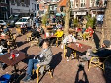 Opengooien terras in Breda heeft effect volgens kroegbaas: 'Ze lijken het licht te hebben gezien'