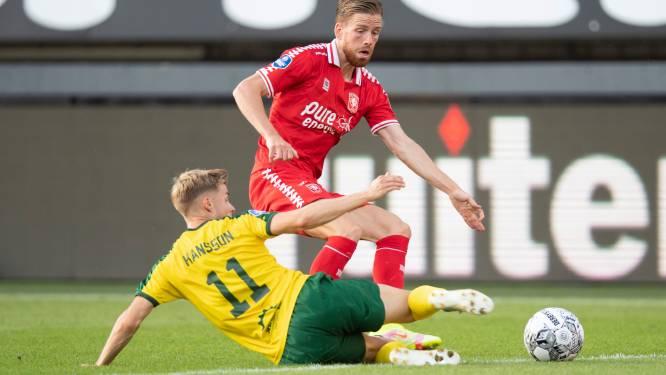FC Twente-trainer Ron Jans heeft wat te kiezen