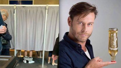 """Dit is de man die zijn broek liet zakken in het stemhokje: """"Mijn vriendin zag mij ineens op het nieuws in Oostenrijk"""""""