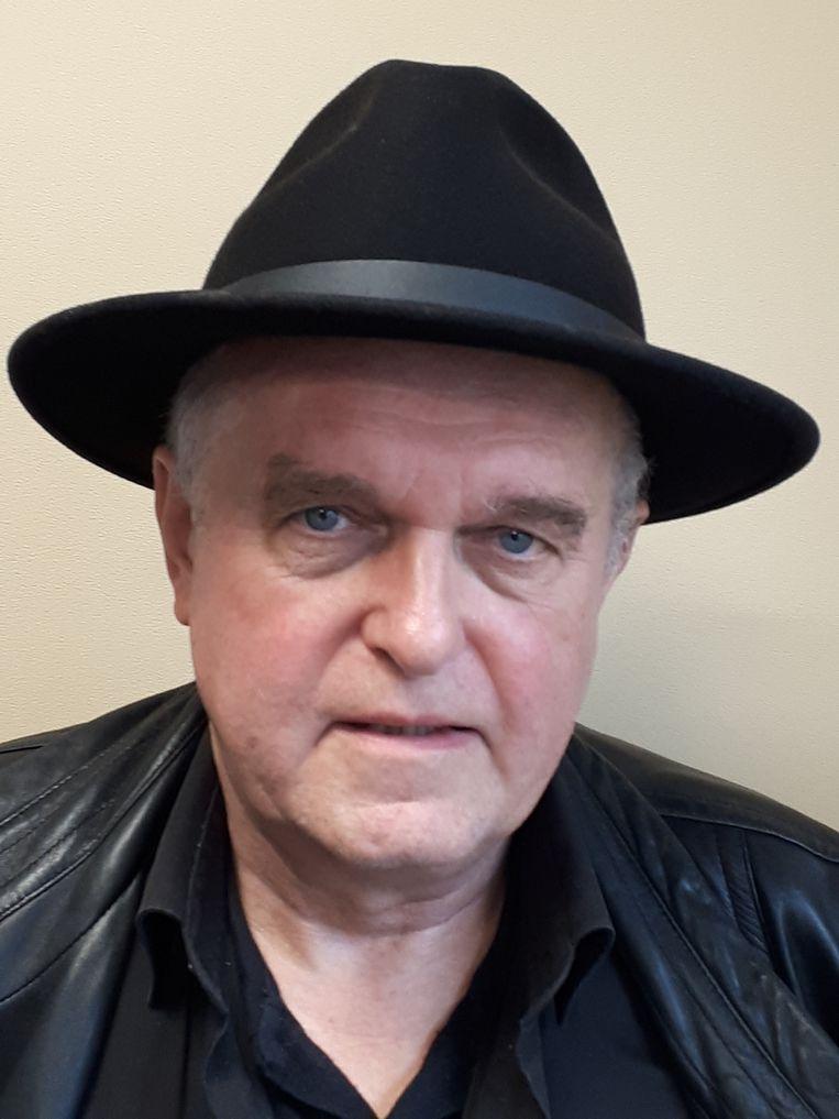 Nico Broekema is met pensioen maar nog actief bij de FNV, vooral als  strijdbaar activist tegen de landschapsvernieling in zijn buurt. Beeld Martin Sommer