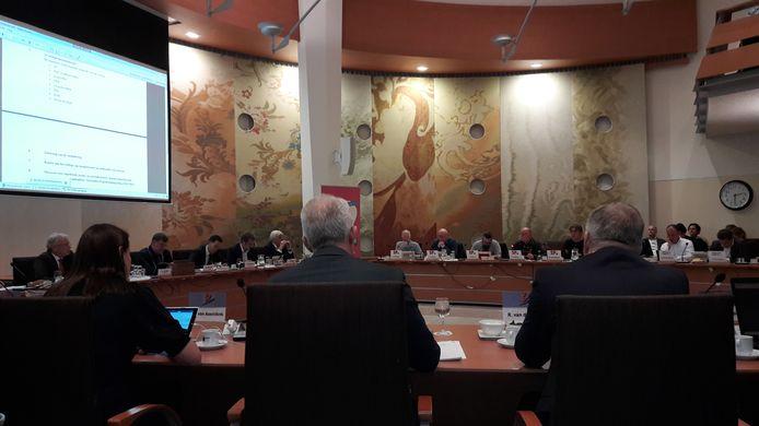 De Udense gemeenteraad vergadert over de begroting.