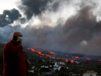 Inwoners van stad op La Palma moeten binnen blijven wegens slechte luchtkwaliteit, tweede lavastroom bereikt bijna de zee