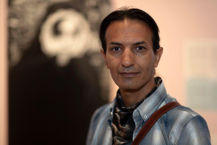 Prijswinnende fotograaf Farzad Ariannejad vluchtte uit Iran. Zijn werk is vanaf aanstaande zaterdag te zien in de expositie 'Verhalen van Vrijheid', een samenwerking van het Stedelijk Museum Zutphen en stichting Buddy to Buddy.