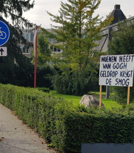Protestborden en 5000 pamfletten: protest vanuit Geldrop tegen distributiecentrum in Nuenen groeit