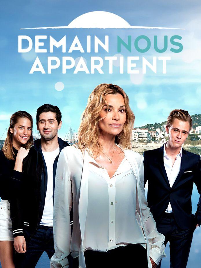 Image illustration - Demain nous appartient - De gauche à droite: l'actrice Solène Hébert, l'acteur Mayel Elhajaoui, l'actrice Ingrid Chauvin et l'acteur Barthélémy Vallorta.