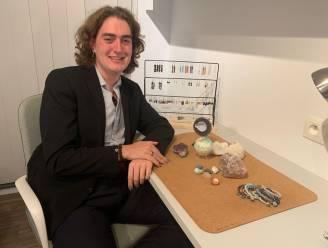 """Jarne (19) start webshop met kristallen en stenen: """"Droom sneller uitgekomen dan verwacht"""""""