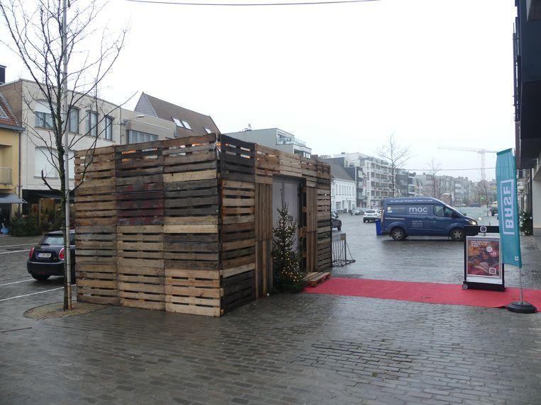 De chalet staat nog tot 8 januari op de Markt van Deinze.