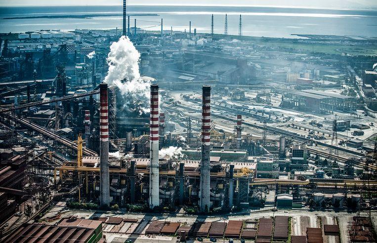 De staalfabriek van Ilva. Beeld Getty