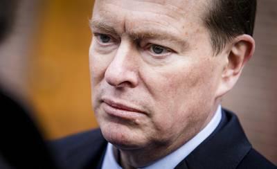 SP: Motie van wantrouwen tegen minister Bruins over lange aanrijtijden ambulance