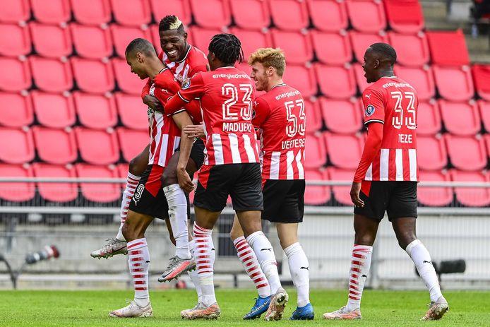 PSV viert een goal tegen sc Heerenveen. Cody Gakpo trof eerder deze maand doel.
