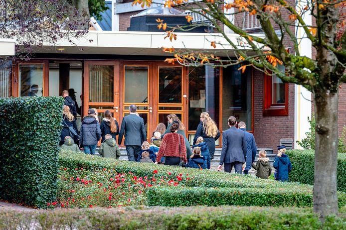 Zondagsdienst bij de Mieraskerk in Krimpen aan den IJssel. Komende zondag zet de kerk de deuren weer open voor álle leden.