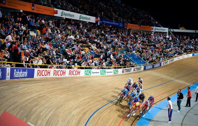Een uitverkocht Omnisport tijdens het WK baanwielrennen in 2011.