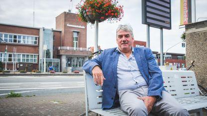 """Ex-burgemeester Frank Bruggeman (Open Vld) reageert op heisa rond zijn dienstauto: """"35.000 kilometer op twee jaar? Elke kilometer was ten dienste van Zelzate"""""""