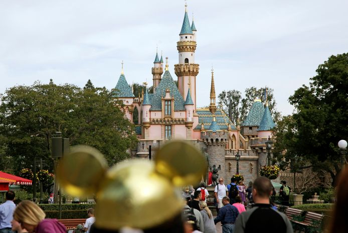 Met Disney+ gaat het goed, maar door het coronavirus zijn alle pretparken van The Walt Disney Company momenteel voor onbepaalde tijd gesloten.