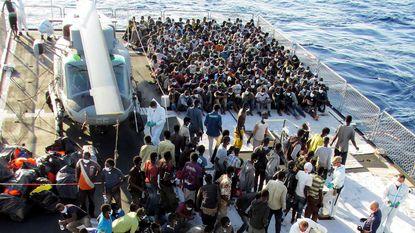 VN: 207.000 vluchtelingen maakten dit jaar oversteek naar Europa