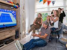 Familie volgt op televisie hoe Diede de Groot geschiedenis schrijft: 'We zijn heel trots op haar'