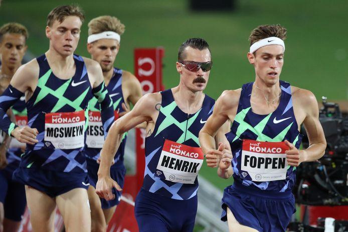 Mike Foppen uiterst rechts tijdens de 5000 meter van de Diamond Leage in Monaco.